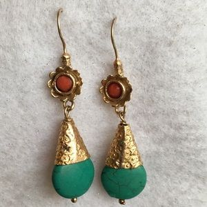 Gorgeous vintage turquoise and coral earrings
